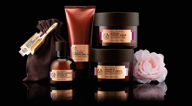 Ritual de relaxare Spa of the World: Africa Ximenia Scrub, Himalayan Charcoal Body Clay, Egyptian Milk&Honey Bath, French Lavender Massage Oil, Japanese Camellia Cream