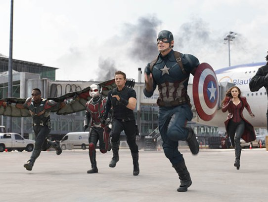 Captain America: Civil War - toţi eroii Marvel la un loc