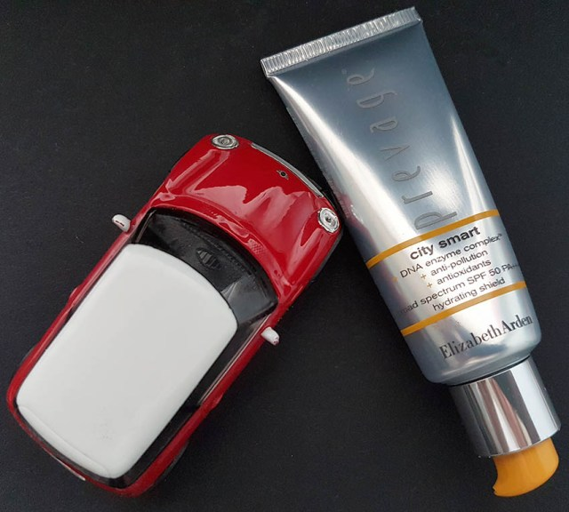 Elizabeth Arden Prevage City Smart