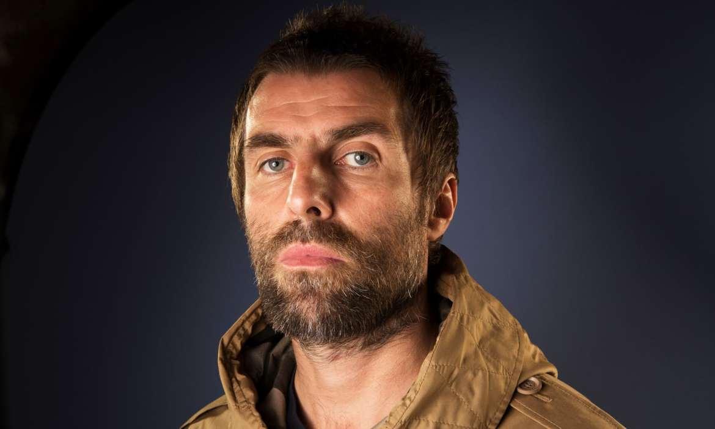 Liam Gallagher dientes