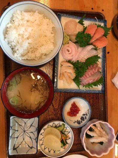 Le résultat : un excellent plat de sashimi ! - Utoro