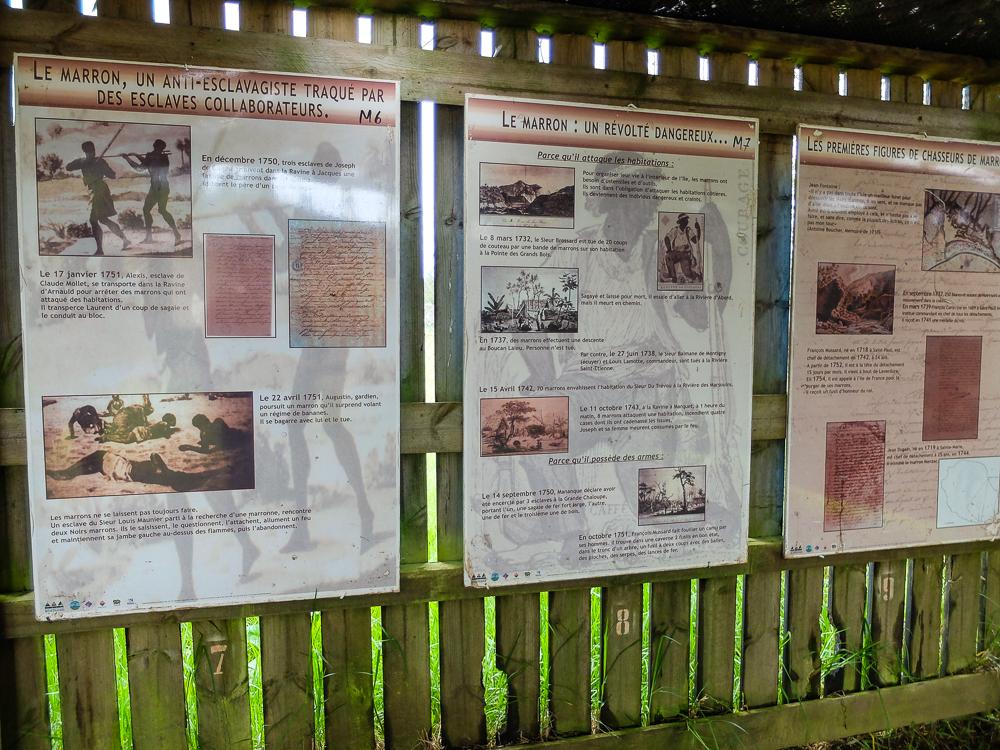 Panneaux eco musee Dimitile