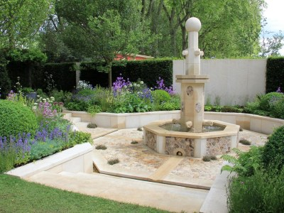 Limestone tiles are essentially a sedimentary rock which consists of a wealthy quantity of calcium carbonate and calcite.