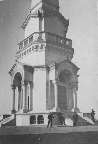 Custoza  Monumento ai caduti Ossario Tiraboschi Emilio