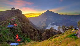 Rinjani Trekking 4 Days 3 Nights