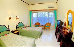 Superior Room Puri Saron