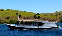 Sailing Trip to Komodo From Lombok 6 Days and 5 Nights