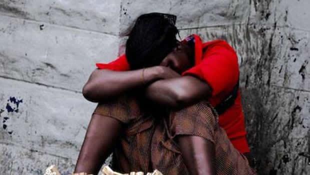 journ e de la femme halte aux violences faites sur nos mamans lome infos information de lom. Black Bedroom Furniture Sets. Home Design Ideas