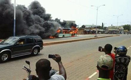 Togo : Un bus de la Sotral est parti en fumée sur le tronçon Djidjolé
