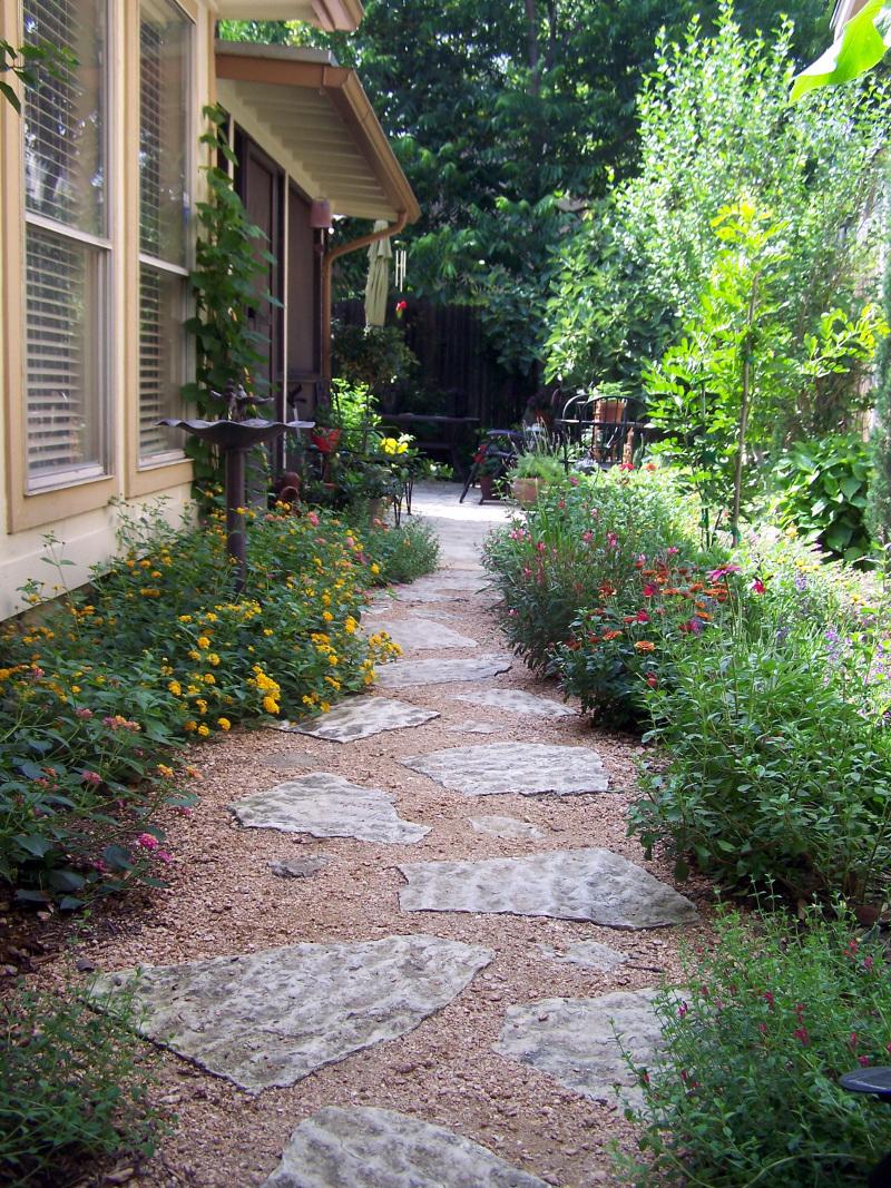 Side garden ideas  httplometscom