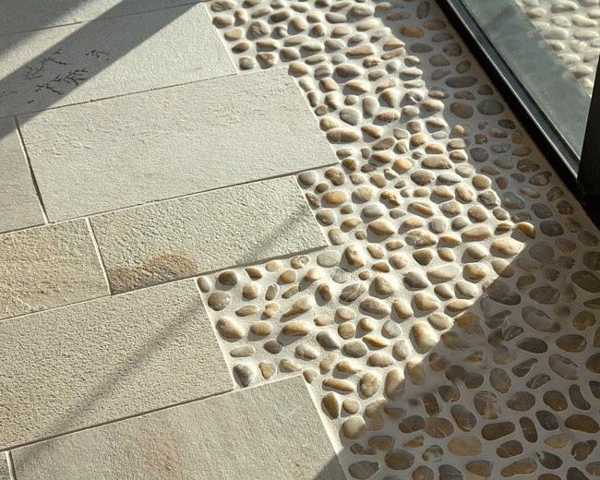 Outdoor Flooring With Pebbles Httplometscom