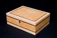 wooden jewelry box   http://lomets.com
