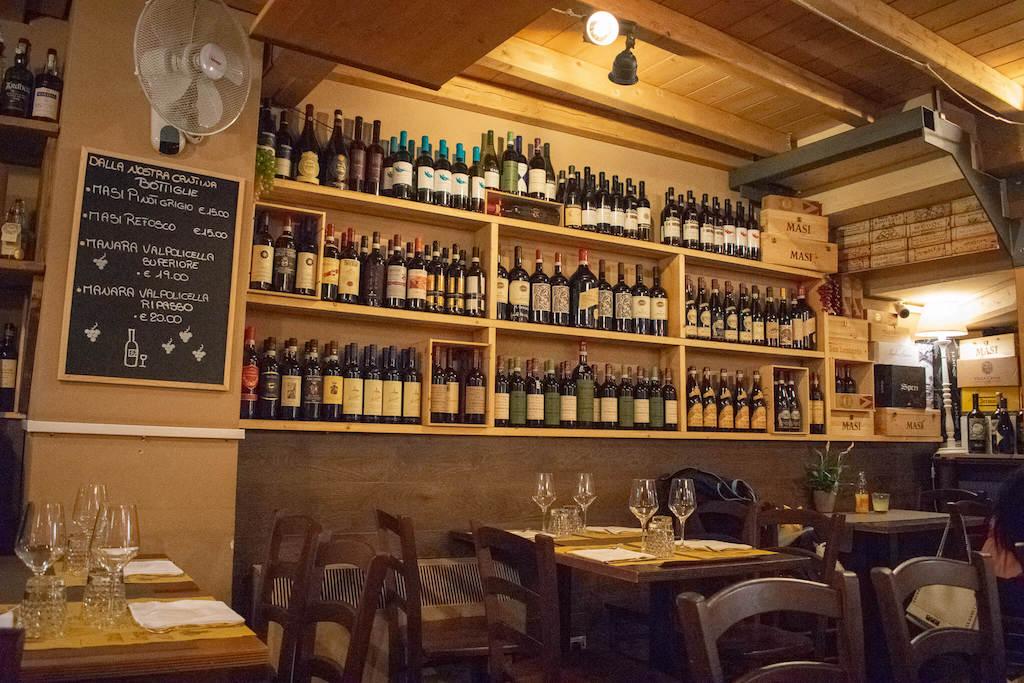 Best restaurants in Verona Italy - Hosteria Il Punto Rosa