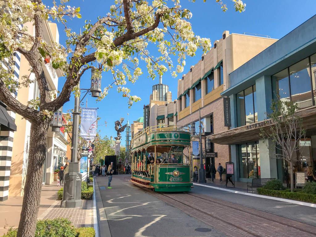 Area of LA - Fairfax District the Grove