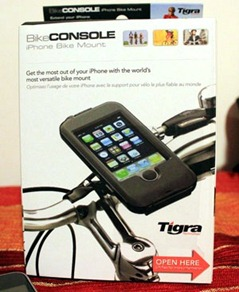 Tigra bike console iPhone 3gs and 3g mount showing the packaging