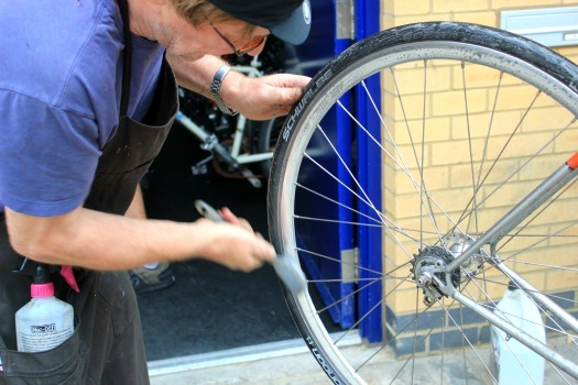 cleaning the bicycle wheel