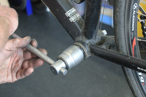 Remove bottom bracket