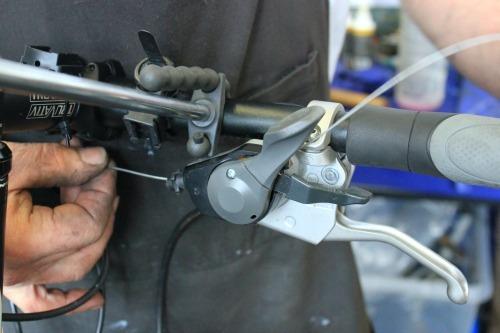 Remove gear cable
