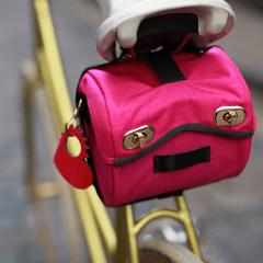 handlebar-bag-pink