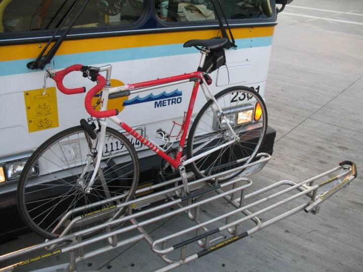 A bike rack on a bus in Santa Cruz, CA. Image from Wikimedia
