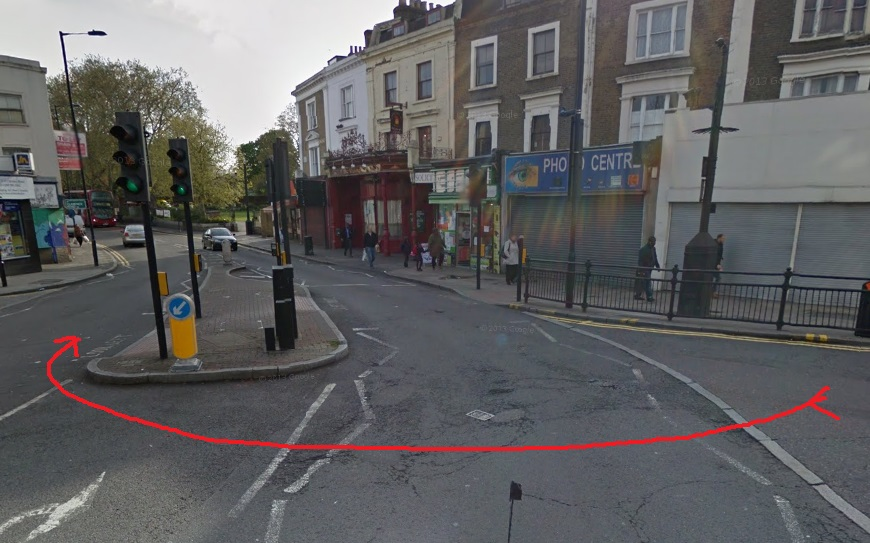 The right turn waiting area set to be improved - image from Google Streetview