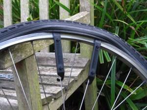 Repairing puncture