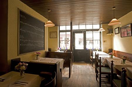 Andrew Edmunds Restaurant - Inside