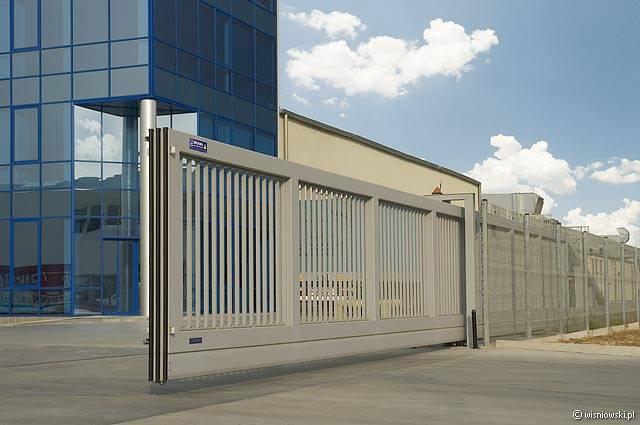 London Gates  Grilles Industrial Sliding Gates Archives