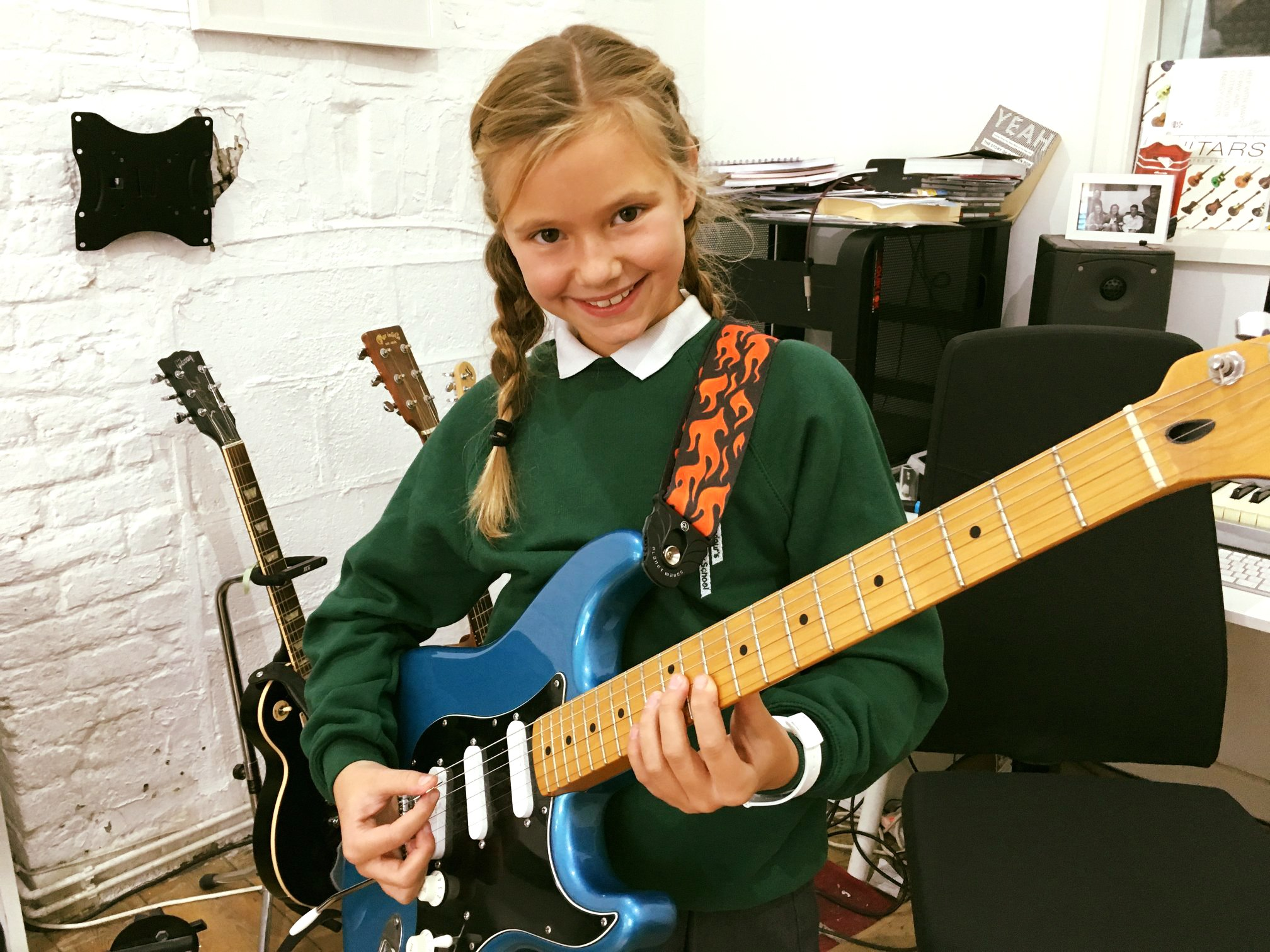 Kids beginner Guitar Lessons