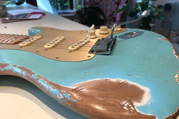 Daphne Blue Stratocaster