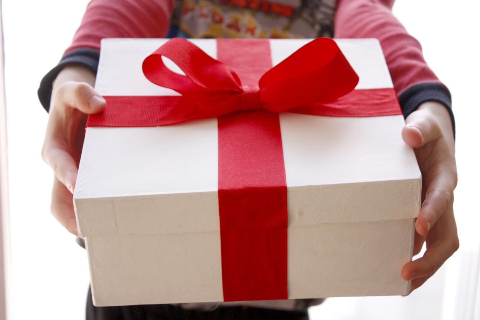 Gift Vouchers for a Guitarist   Gift Voucher Guitars   Gift Vouchers - Guitar Lessons   Gift Cards   Gift ideas for Guitarists