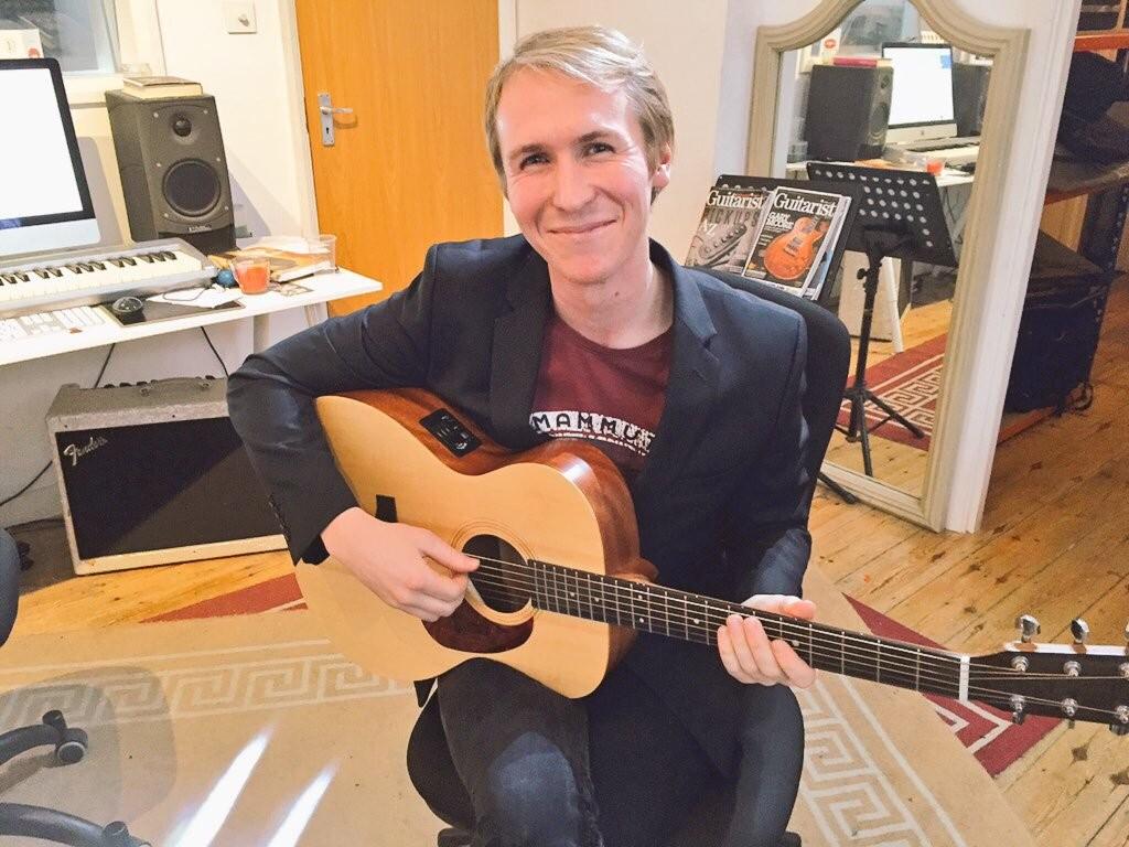 Guitar Lessons Streatham