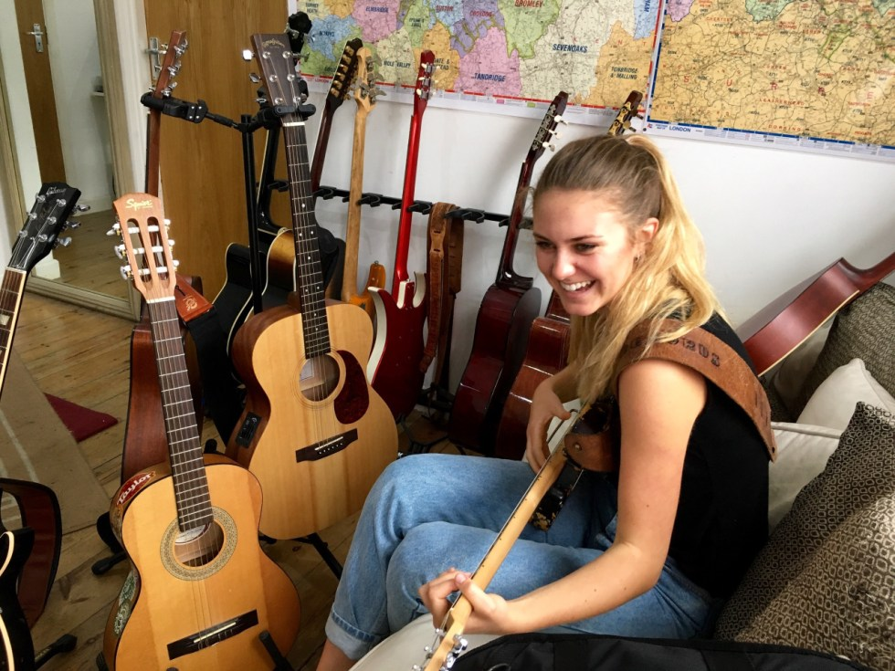 Guitar Lessons and Guitar Teachers in Kingston-upon-Thames