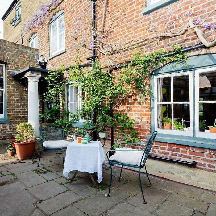Holiday Rentals London Holiday Homes London