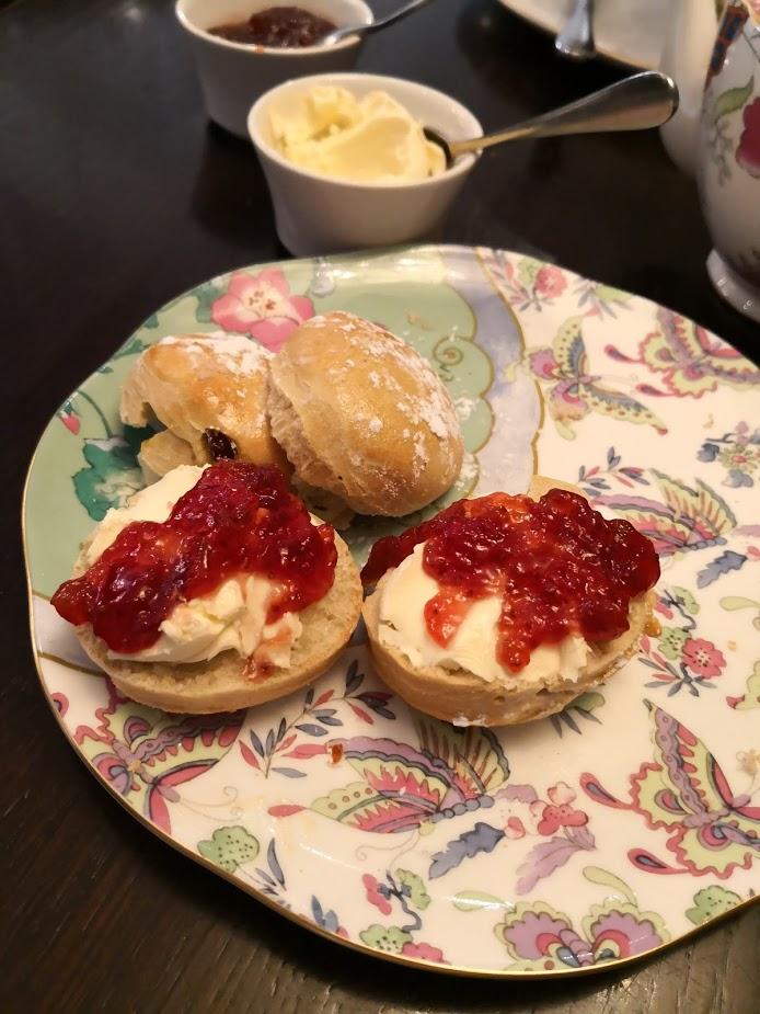 Royal Wedding afternoon tea scones