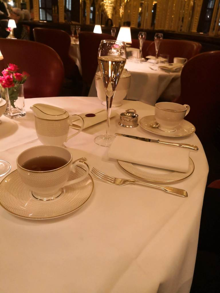 Tea setting, Queen of Afternoon Tea