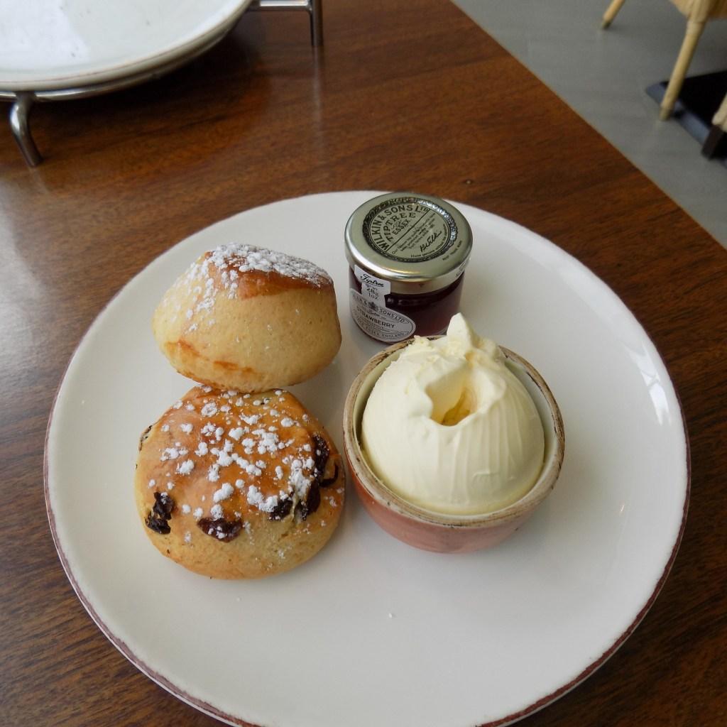 Scoff & Banter afternoon tea the scones