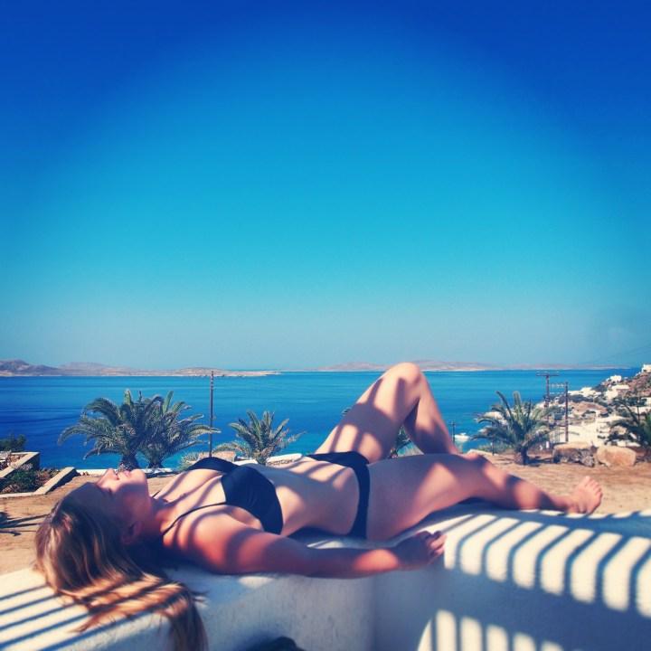 Mykonos_balcony_relaxing