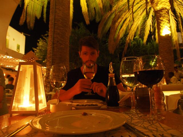 mykonos_town_dinner