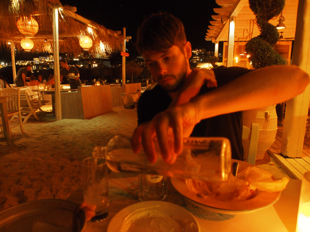 mykonos_ornos_dinner