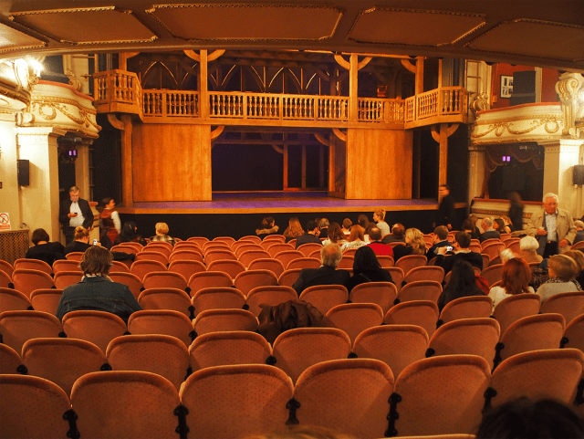 london_west_end_theatre_03