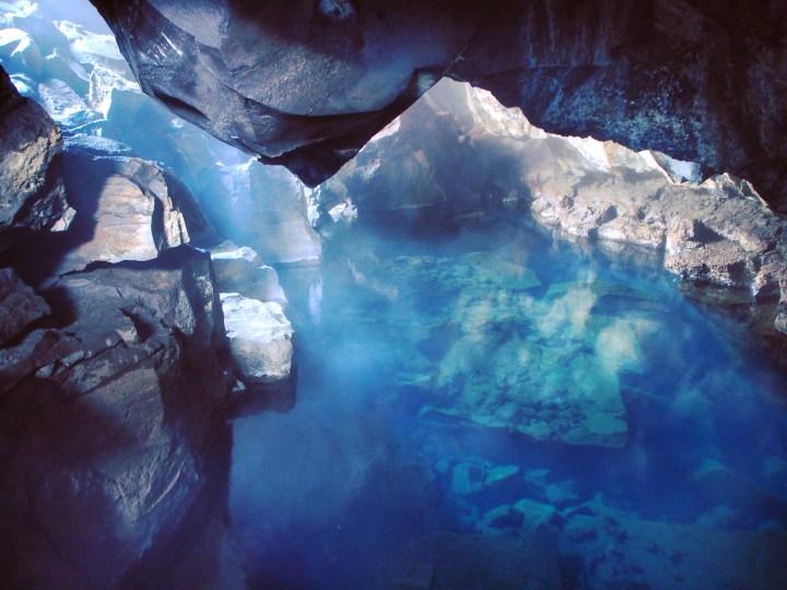 Iceland_blog_cave1