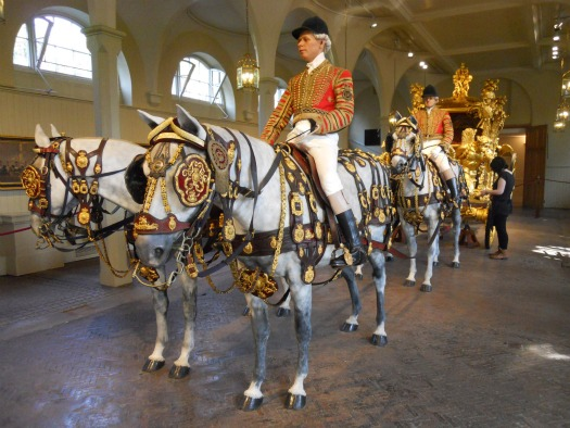 Visiting the Royal Mews in London  London Perfect