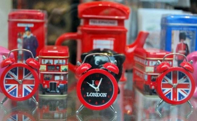 6 Best Places To Find Unique Souvenirs In London London
