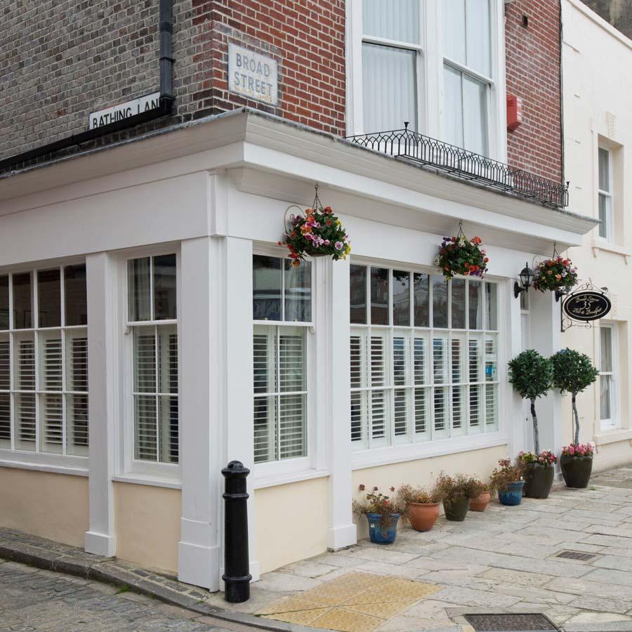 the-london-sash-window-company-plantation-shutters-004