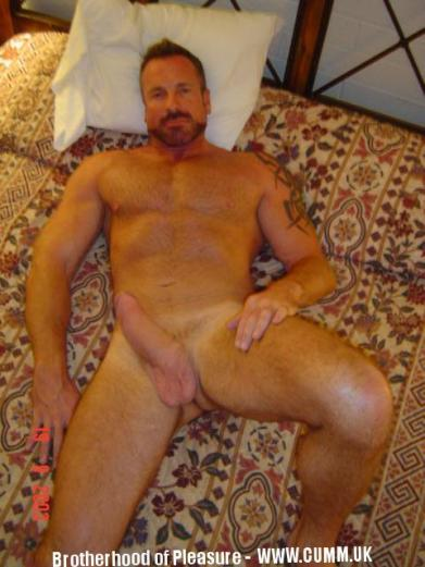 manly love of comrades mature-cock-suck