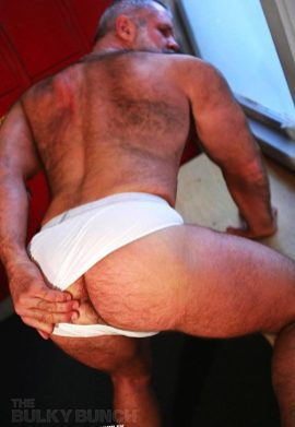 I'm thinking about letting a guy fuck me, but I dont want it to be all lovey dovey or anything because that would turn me off. I'm not attracted to men, I just want to be fucked. fuck my hot mature irish silver daddy big wallet