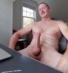 inches magazine uug 2018 big muscle daddy dick