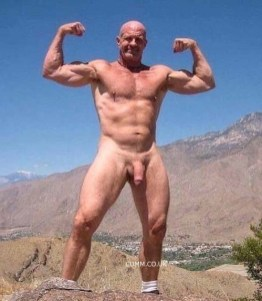 gay cruising with sexy muscle daddy big soft fat cock