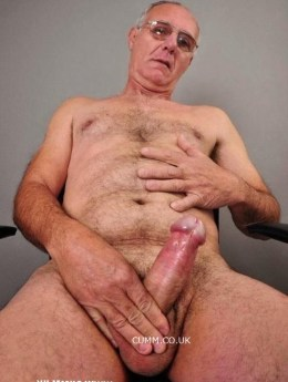 mature-silver-daddy